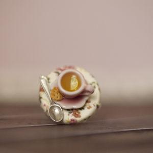 Τσάι Λεμόνι στο Τραπεζάκι